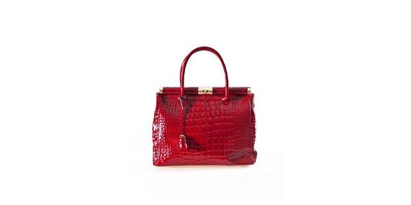 Dámska karmínovo červená kabelka s krokodýlim vzorom a zlatými prvkami Luisa…