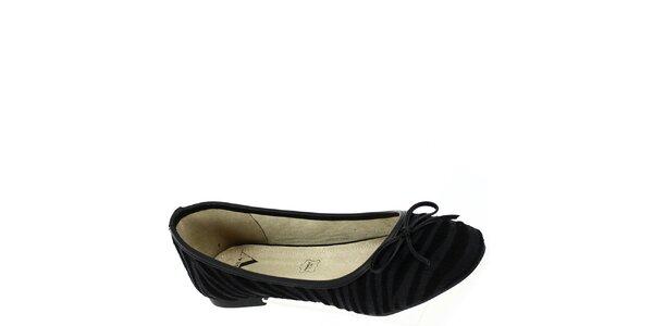 Dámske chlpaté čierne pruhované balerínky Shoes and the City