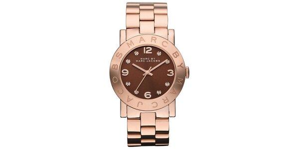 Dámske pozlátené oceľové hodinky s hnedým ciferníkom Marc Jacobs