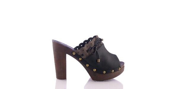 Dámske čierne sandálky s ozdobným lemom a šnúrkou Kickside