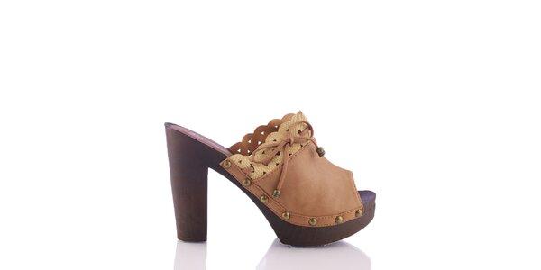 Dámske svetlo hnedé sandálky s ozdobným lemom a šnúrkou Kickside