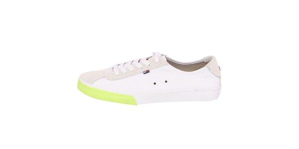 Pánske biele tenisky s výrazným zeleným prúžkom Tommy Hilfiger