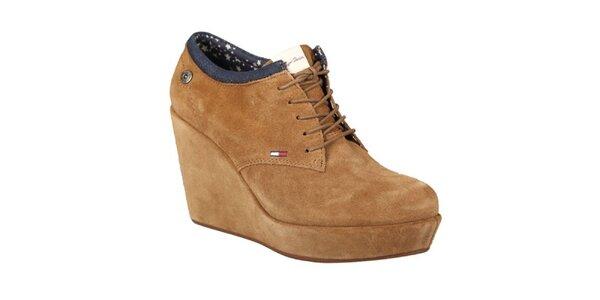 Dámske svetlo hnedé topánky na platforme Tommy Hilfiger