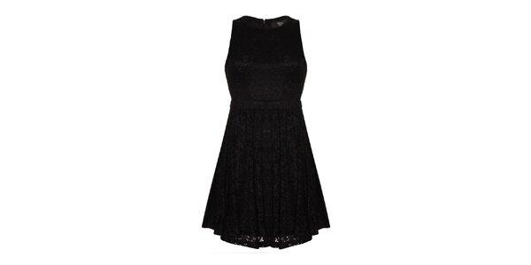 Dámske čierne čipkové šaty s prestrihmi Iska