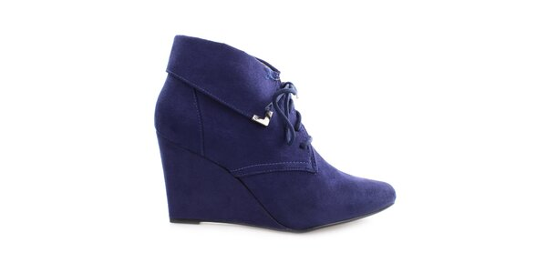 Dámske modré topánky na kline so šnúrkou Vizzano