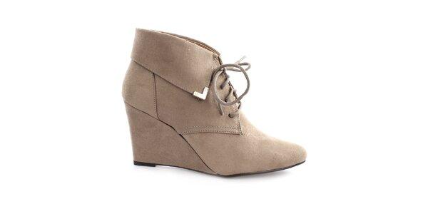 Dámske šedé topánky na kline so šnúrkou Vizzano
