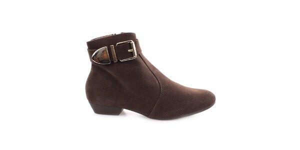 Dámske hnedé topánky s prackou pri členku Vizzano