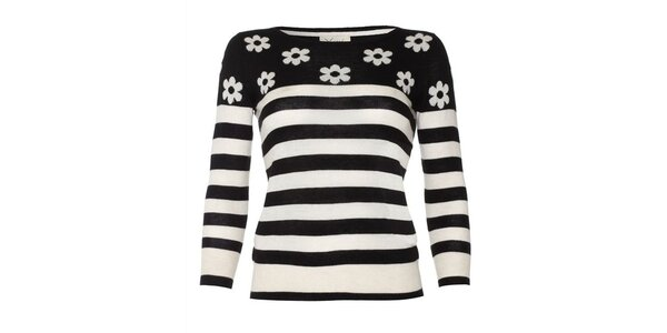 Dámsky čierno pruhovaný sveter s kvetinkami Yumi