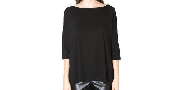 Dámske voľné čierne tričko Santa Barbara