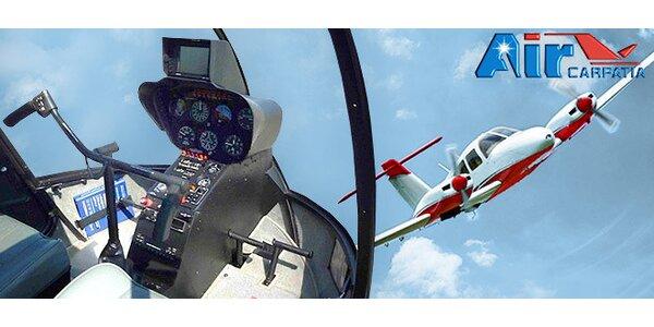 Vzrušujúci okružný let alebo pilotovanie lietadla na skúšku