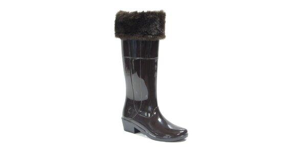 Dámske tmavo hnedé topánky s kožúškom Favolla