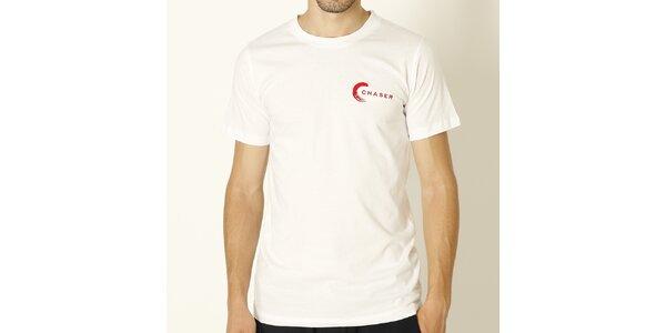 Pánske biele tričko s červeným nápisom Chaser