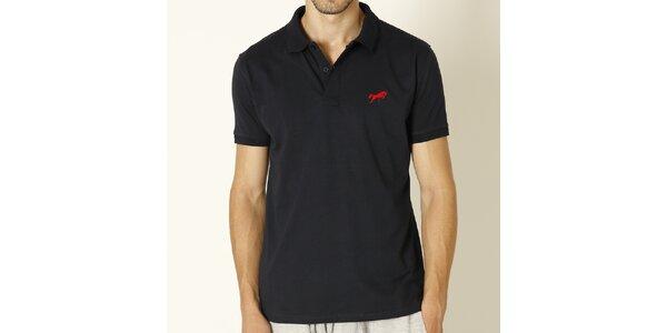 Pánske tmavo modré polo tričko s červeným logom Chaser