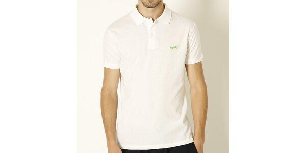 Pánske biele polo tričko so zeleným logom značky Chaser