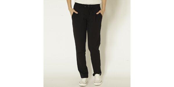 Dámske čierne joggingové nohavice Chaser