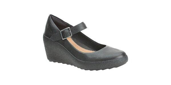 Dámske čierne topánky na kline Clarks