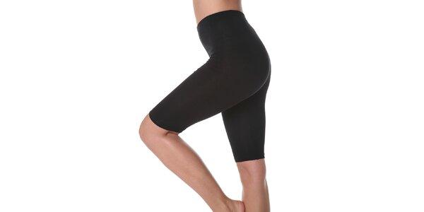 Dámske čierne zoštíhlujúce krátke nohavice Slimtess