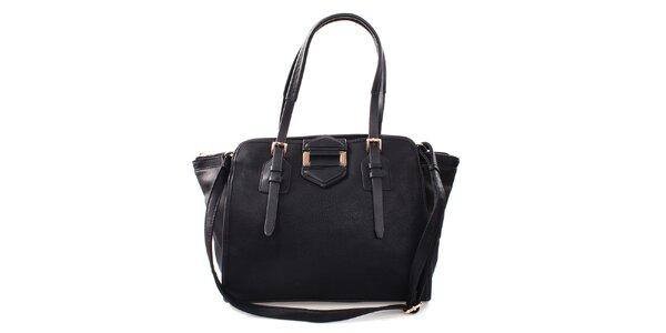 Dámska čierna kabelka s kovovou ozdobou Bessie