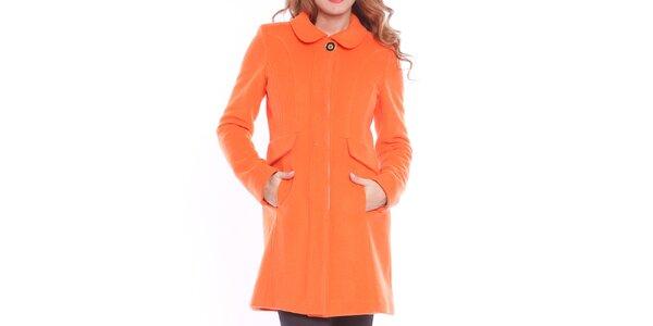 Dámsky oranžový kabát s ozdobným gombíkom Vera Ravenna