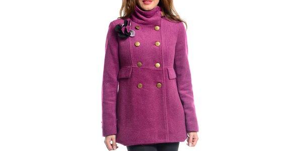 Dámsky fuchsiový kabát s ozdobou Vera Ravenna