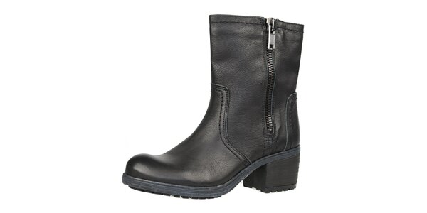 Dámske čierne topánky so zipsom Bullboxer