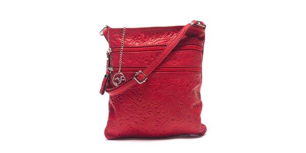 Dámska červená kožená taška so vzorom Carla Ferreri