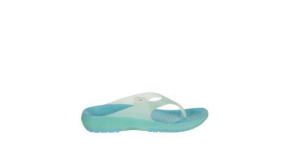 Svetlo modré žabky Crocs s masážnou sitelkou