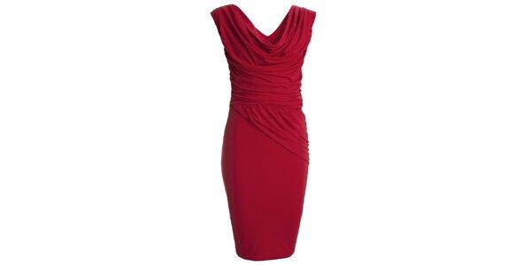 Dámske červené šaty s vodovým výstrihom CeMe London