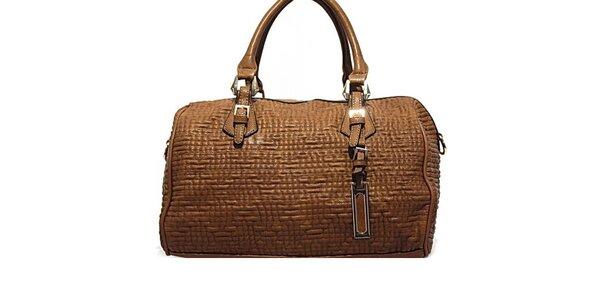 Dámska hnedá kabelka s plastickým vzorom Bessie