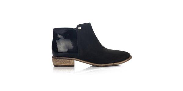 Dámske čierne členkové topánky s lesklou pätou Joana and Paola