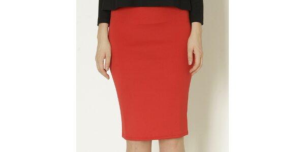 Dámska červená púzdrová sukňa Keren Taylor