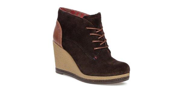 Dámske tmavo hnedé topánky na platforme Tommy Hilfiger