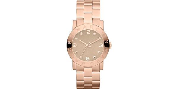 Dámske hodinky vo farbe ružového zlata Marc Jacobs