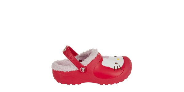Dievčenské červené papuče s plyšom Crocs