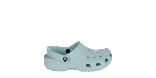 Chlapčenské mentolové papuče Crocs