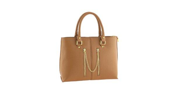 d9b542294e Dámska medovo hnedá kožená kabelka s ozdobnou retiazkou Classe Regina