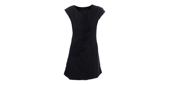 Dámske čierne šaty s dekoratívnou aplikáciou Dislay DY Design