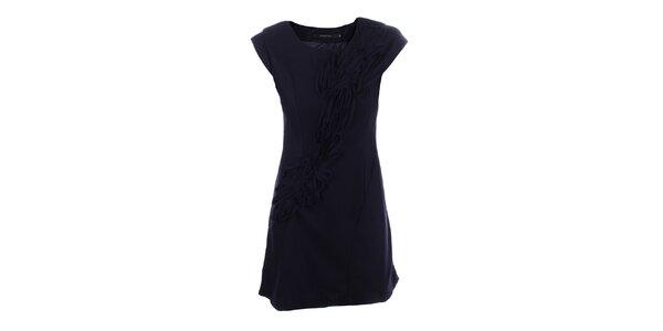 Dámske tmavo modré šaty s dekoratívnou aplikáciou Dislay DY Design
