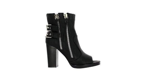 Dámske čierne topánky s vykrojenou špičkou Shoes and the City