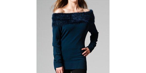 Dámsky tmavomodrý sveter s kožúškom Pietro Filipi