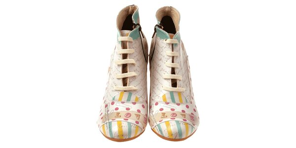 Dámske členkové topánky na kline s nápismi a bodkami Elite Goby