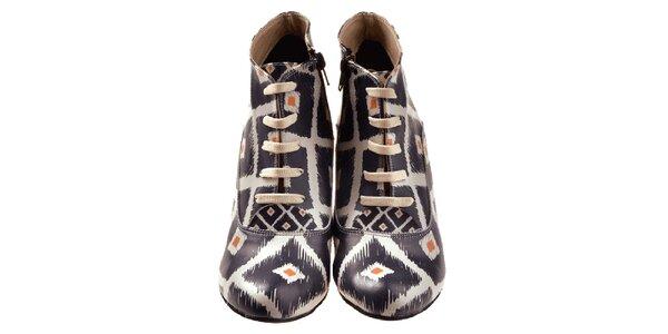 Dámske členkové topánky na kline s čiernou potlačou Elite Goby