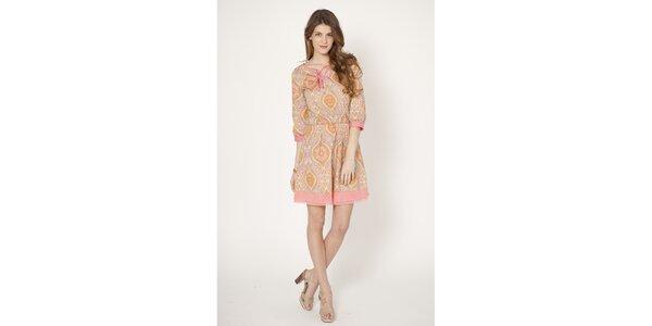 Dámske svetlo ružové šaty s potlačou Tantra