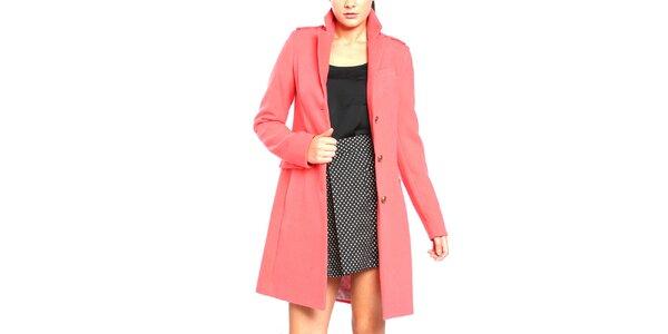 Dámsky kabát na gombíky v korálovej farbe Vera Ravenna