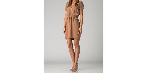 Dámske svetlo hnedé šaty By Zoé so zipsom