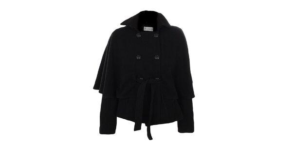 Dámsky čierny kabátik s dvojradovým zapínaním a opaskom Gémo