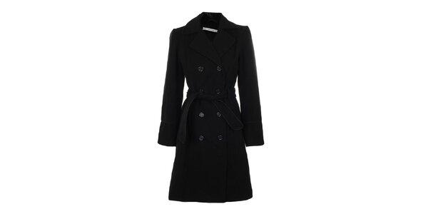 Dámsky čierny dvojradový kabát s opaskom Gémo