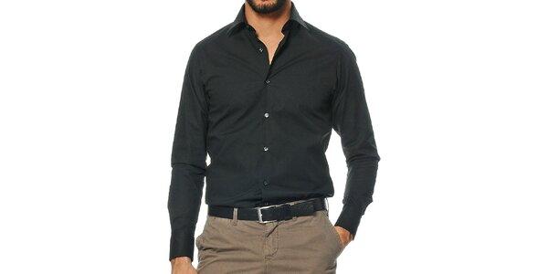 Pánska košeľa s dlhými rukávmi v čiernej farbe Uomini Italiani