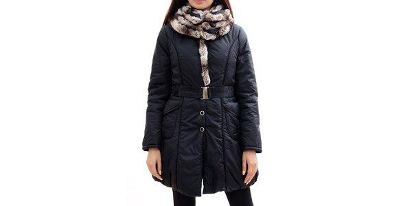 Dámsky čierny kabát s kožúškom Radek's