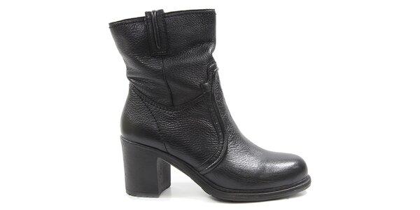 Dámske čierne členkové topánky na opätku Drastik